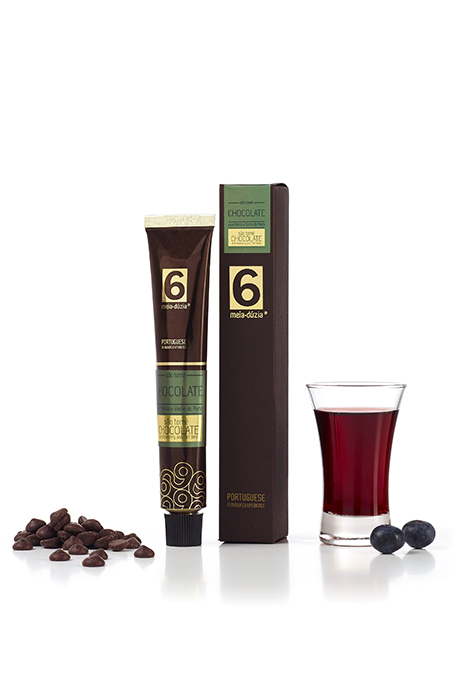 'SÃO TOMÉ' DARK CHOCOLATE WITH BLUEBERRY AND PORT WINE