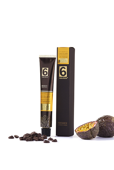 ''SÃO TOMÉ' DARK CHOCOLATE WITH PASSION FRUIT